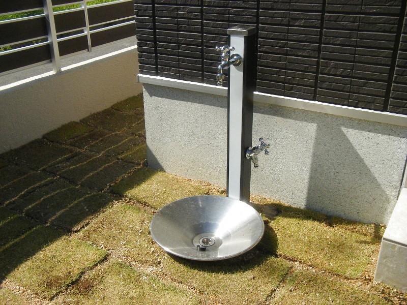 シンプルな水栓